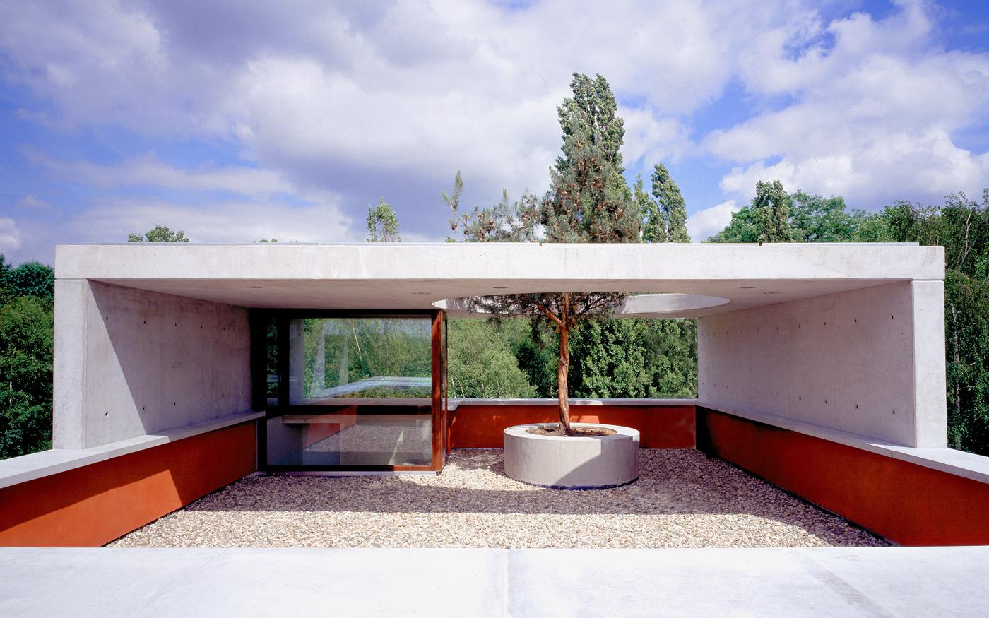 Rotes-Haus-Dachterrasse.jpg